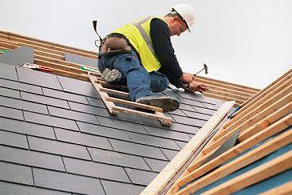 roofing contractor in Little Elm, TX working